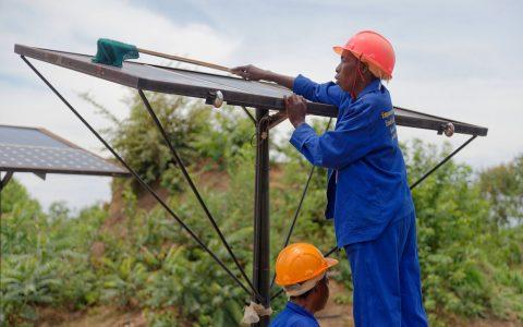 联合国秘书长:气候行动与绿色和体面工作并行不悖