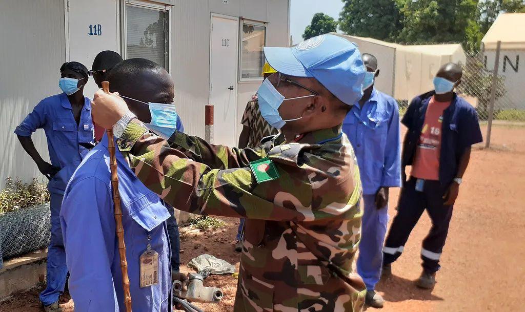 联合国:新冠疫情正在演变为保护危机