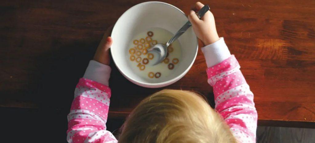 儿基会向英国新冠影响儿童提供食品援助